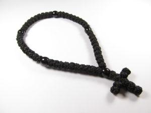 Вервица (с черным пластмассовым элементом) 50 узлов