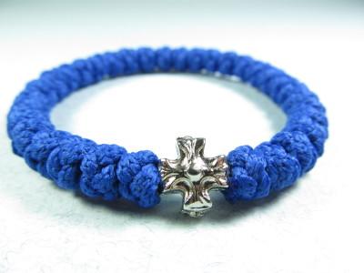 Синяя брояница с металлическим элементом (тип креста 050