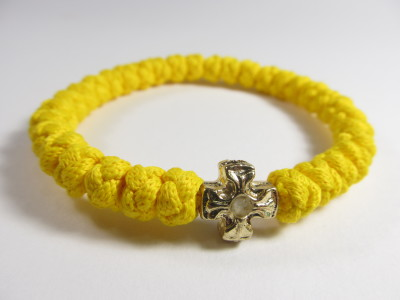 Желтая Брояница с металлическим элементом (тип креста 06)