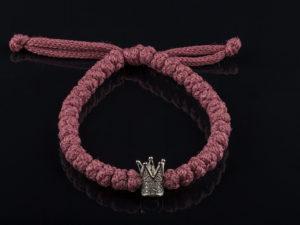 лиловая брояница на завязке с короной
