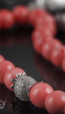 Четки на 33 бусины из розового коралла